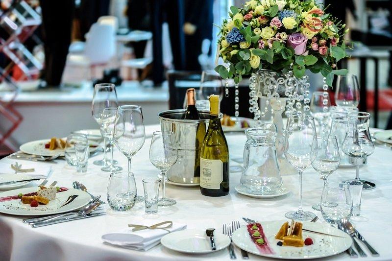 Catering na sali weselnej